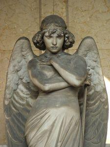 675px-Genova-Cimitero_di_Staglieno-Angelo_di_Monteverde-DSCF9028