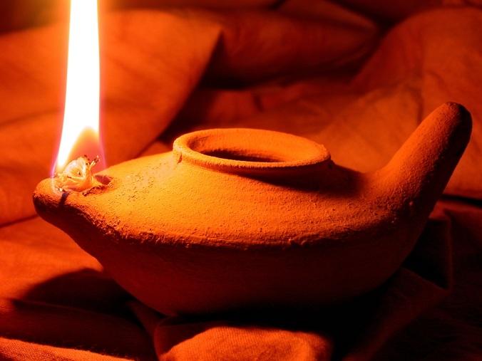 oil-lamp-1346754