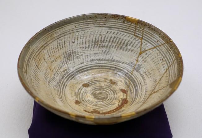 Pottery Kintsugi